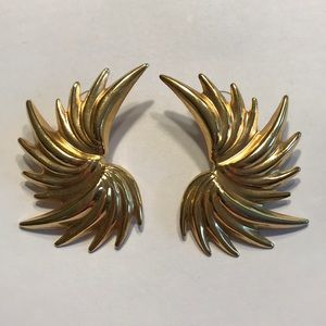 Retro 1980's pierced earrings - gold splash design